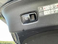 Mercedes-Benz-GLE-16